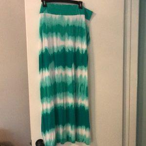 ana Tie dye soft Maxi Skirt
